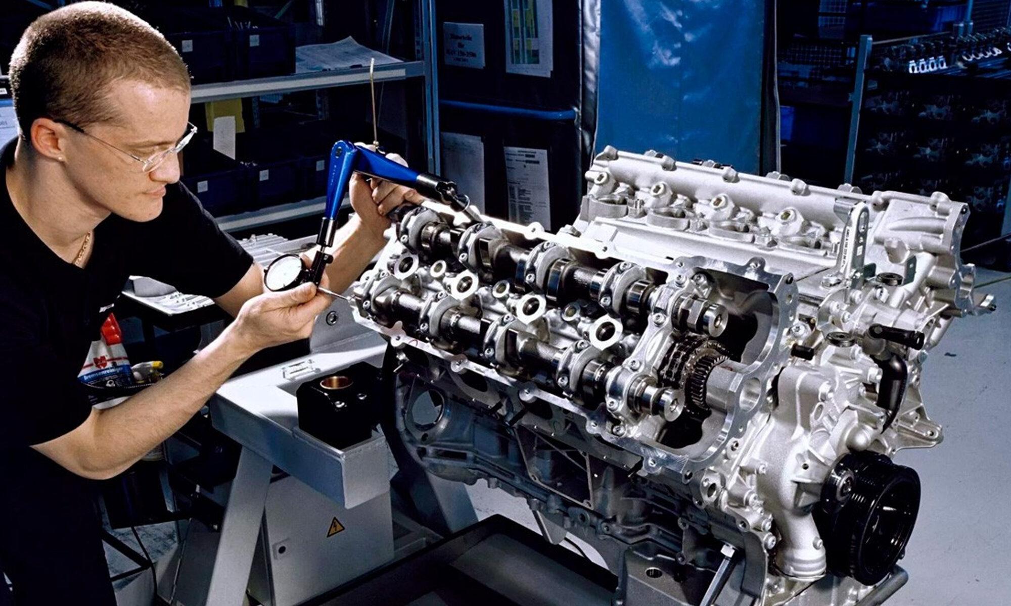 technik mechanik, pojazdów samochodowych